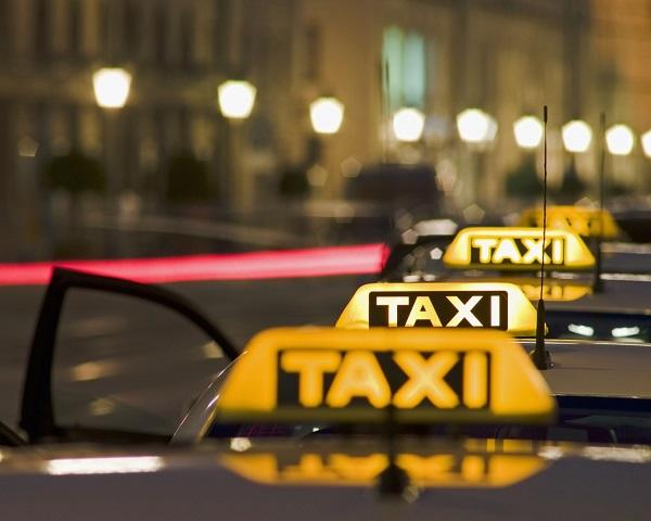 Бизнес идея: как открыть службу такси