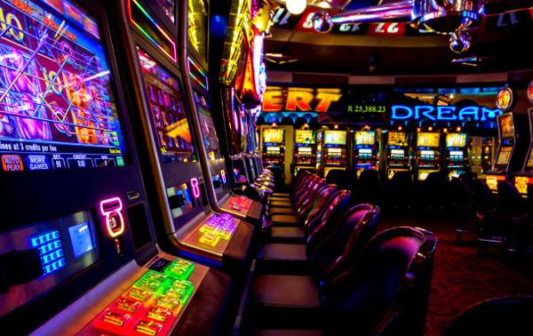 Главные отличия виртуального казино от реального