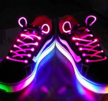 Бизнес-идея: светящиеся шнурки
